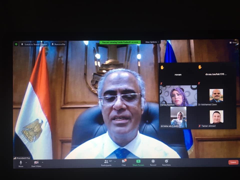 الأستاذ الدكتور/ أيمن إبراهيم رئيس جامعة بورسعيد إفتتح فعاليات معسكر توليد الأفكار